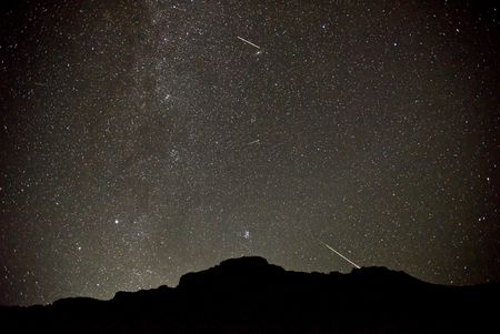 2016 Perseid meteor shower from countryside Oregon