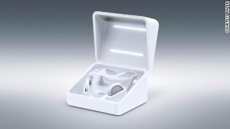 The wireless charging box also sterilizes the mask with UV light.
