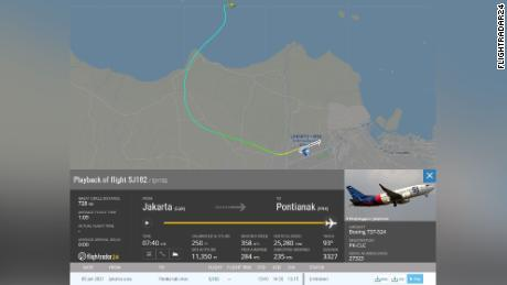 Flightradar24's map shows the moment Sriwijaya Air SJY 182 lost contact on Saturday.