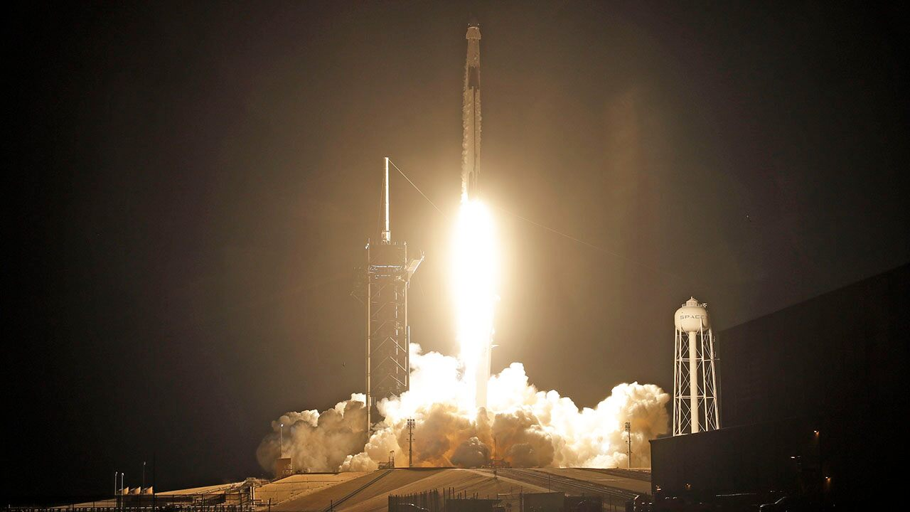 SpaceX completes its first missile launch in 2021, by sending a communications satellite