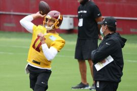 Washington QB Alex Smith football team takes a few weeks before deciding on the future